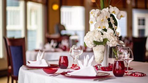 n024442_2023apr08_wedding-coll_16-9