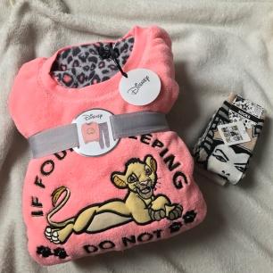 Pyjama - 13€ / Chaussettes - 3€50